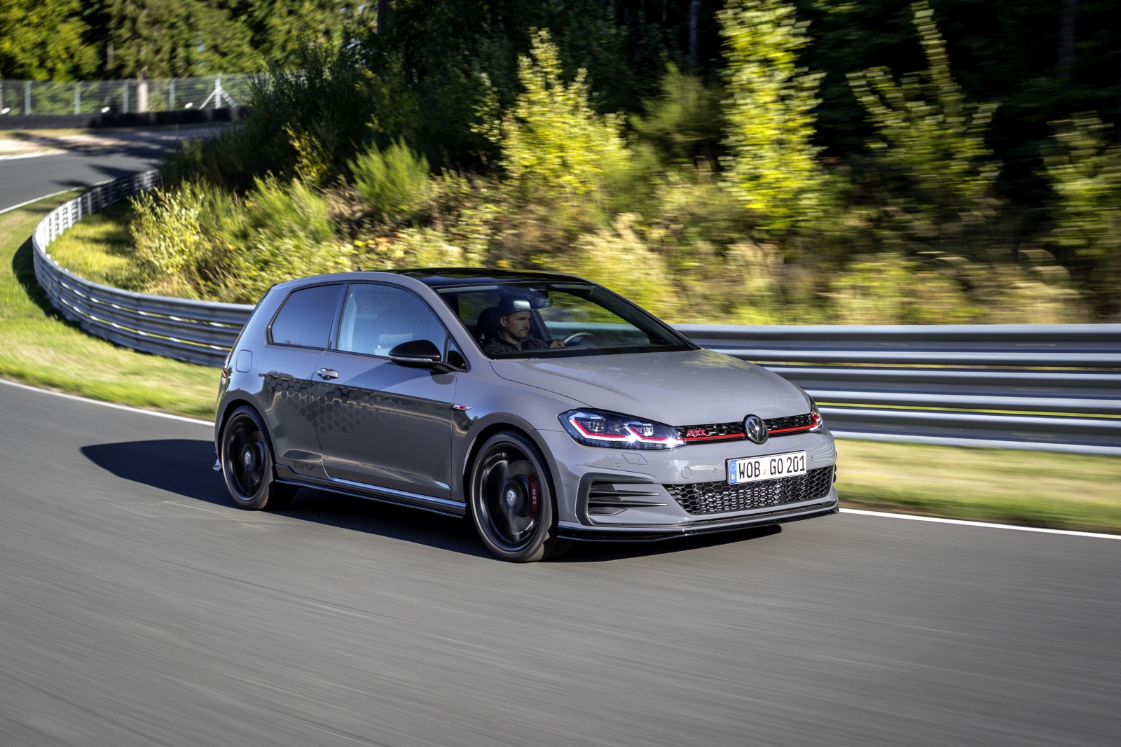 neuer vw golf gti tcr mit 290 ps technologietransfer. Black Bedroom Furniture Sets. Home Design Ideas