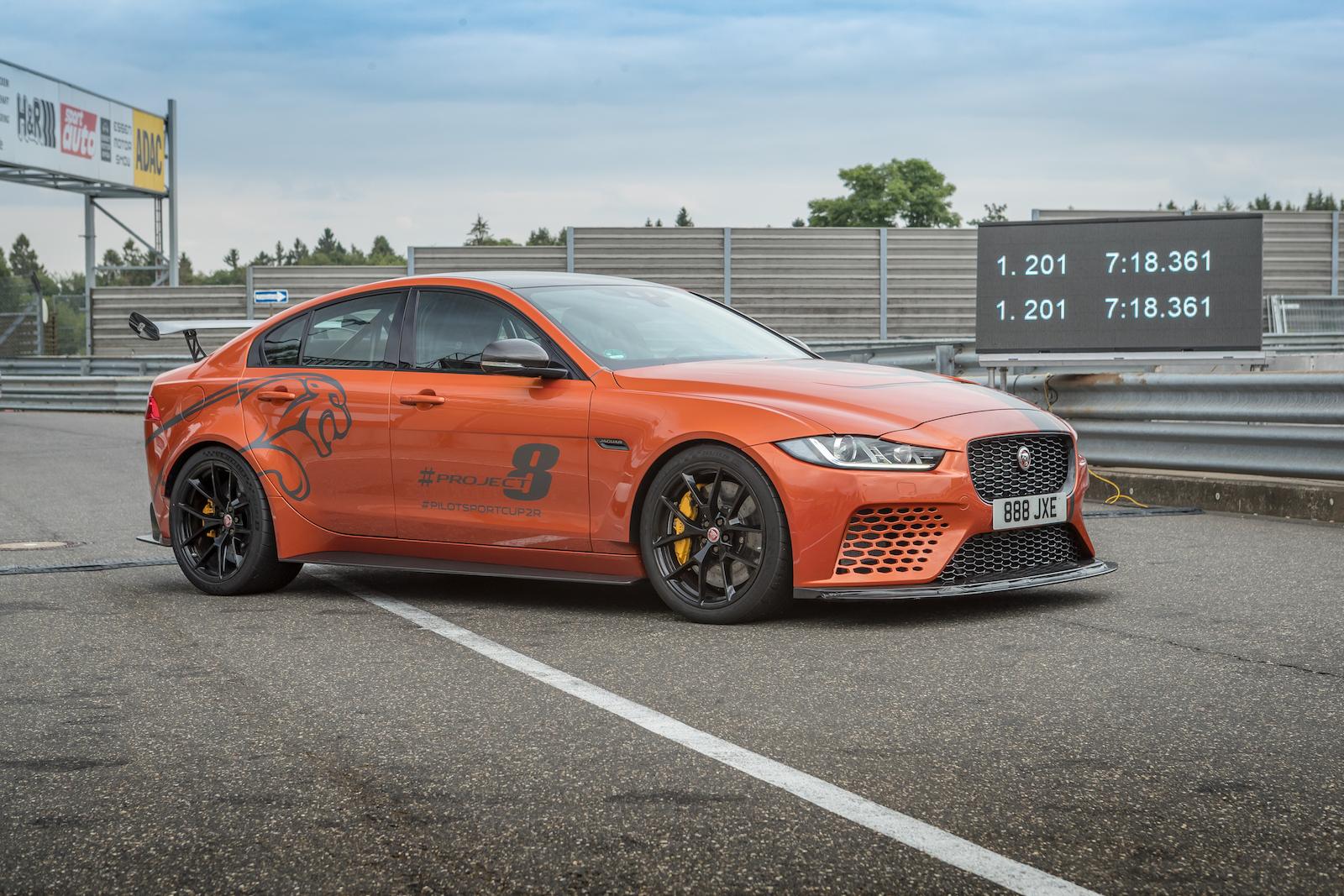 Jaguar Xe Sv Project 8 Mit Track Pack Neue Nordschleifen Rekordzeit Fur Die Offizielle 20 832 Kilometer Variante Trackdaysport